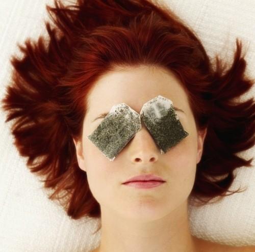Tea-Bags-to-Heal-Eye-Bags-e1389180448428